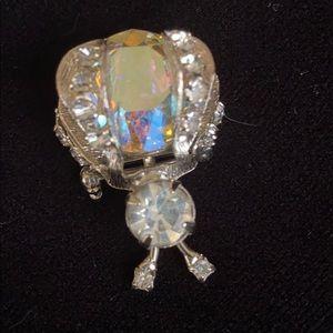 Vintage • Crystal Bumble Bee 🐝 brooch - like new!